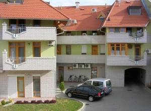 Lakóépület - Gyula